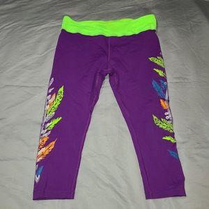 Zumba Purple Leaf Crop Leggings XL